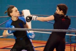 Amélie du Kodiak'95 lors d'un assaut de boxe française au challenges Ile-de-France le 24 janvier 2015