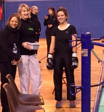 Coline Bouchée aux challenges IDF de boxe française 2016