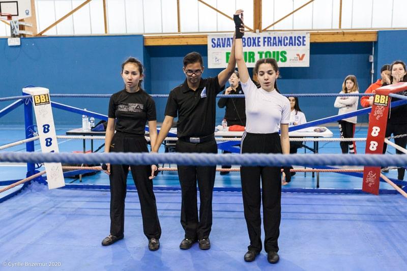Lilia Berroubache au Championnat départemental jeunes de savate boxe française 2020