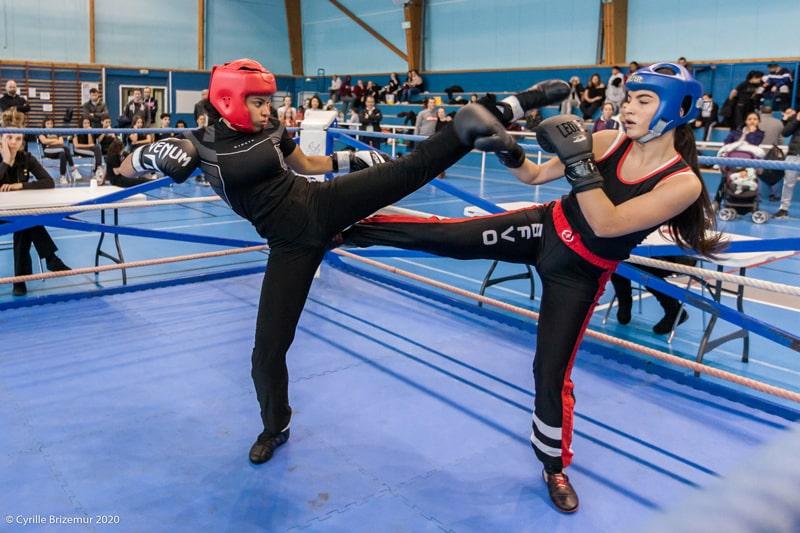 Sara Djongo au Championnat départemental jeunes de savate boxe française 2020