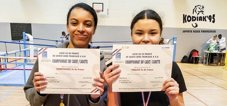Sara et Alicia en route pour les Championnats de France de Boxe Française 2020